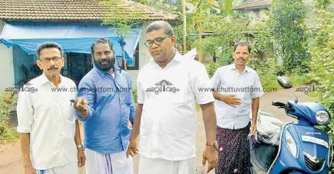Basheer dons black robe before pleading his case to voters