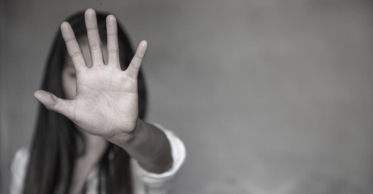 Young actress alleges molestation bid at Kochi mall