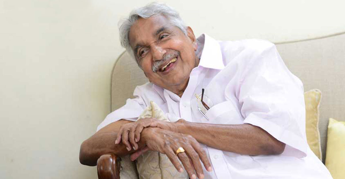 Oommen Chandy to head Congress strategy panel for Kerala polls