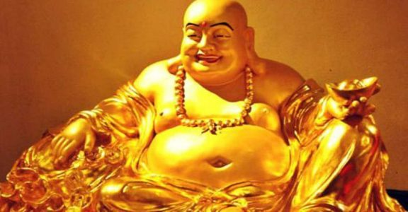 The Right Way To Place Laughing Buddha Laughing Buddha Curio Astro Belief Onmanorama Astrology Religion