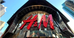 H&M to close hundreds of stores as online shift accelerates