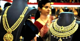 Know these key factors before buying gold during festive season