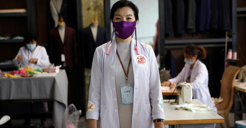 HEALTH-CORONAVIRUS-CHINA-FASHION