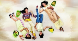 Rock your Onam with this six Kasavu saree makeovers