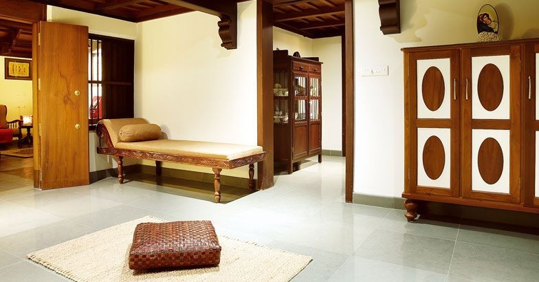 This Traditional Kerala Style Home In Alapuzzha Is Unique Take A Look Decor Alappuzha Kerala Style Houses Home Decor Homestyle Lifestyle News
