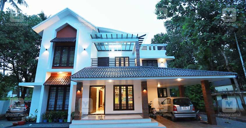 iringalakkuda-house
