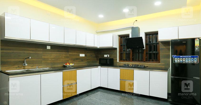 nri-kozhikode-house-07