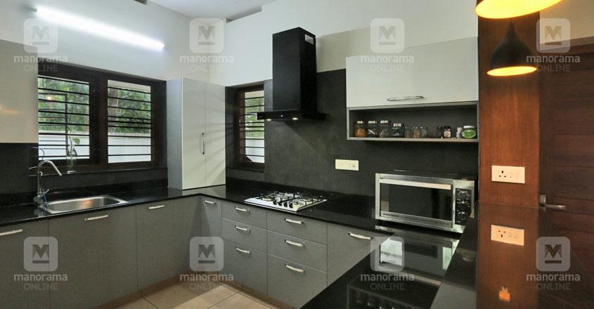 sreekaryam-house-08