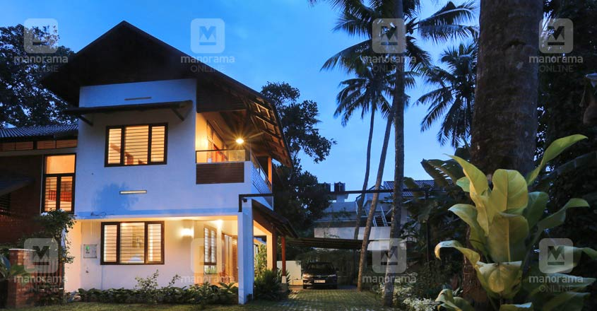 sreekaryam-house-09