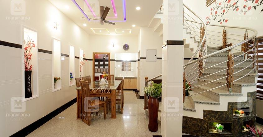 spacious-house-Malappuram-05