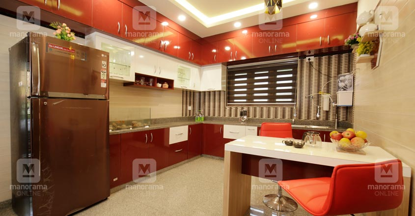 spacious-house-Malappuram-07