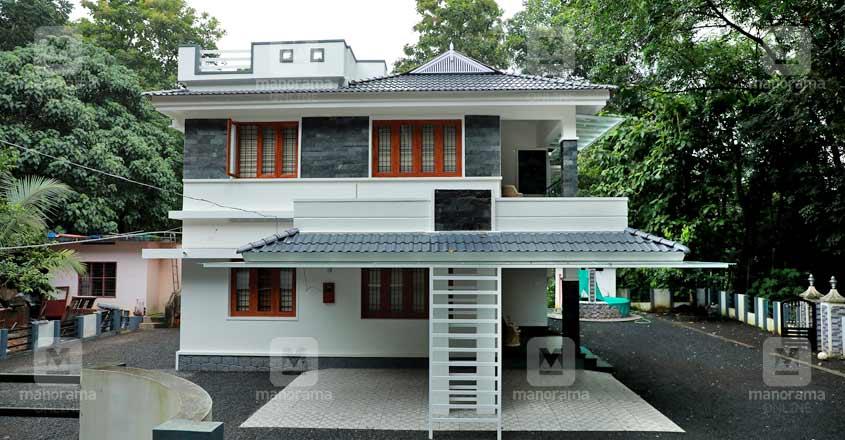Koothattukulam renovated house-05