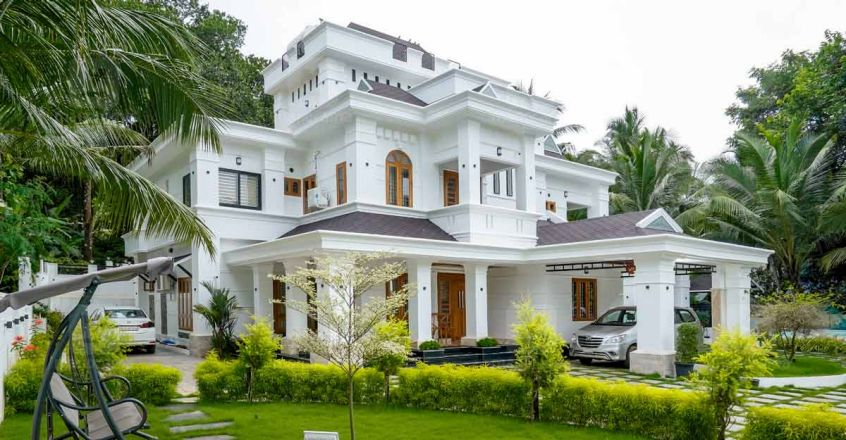 Colonial mansion in Malappuram that is an enticing ...