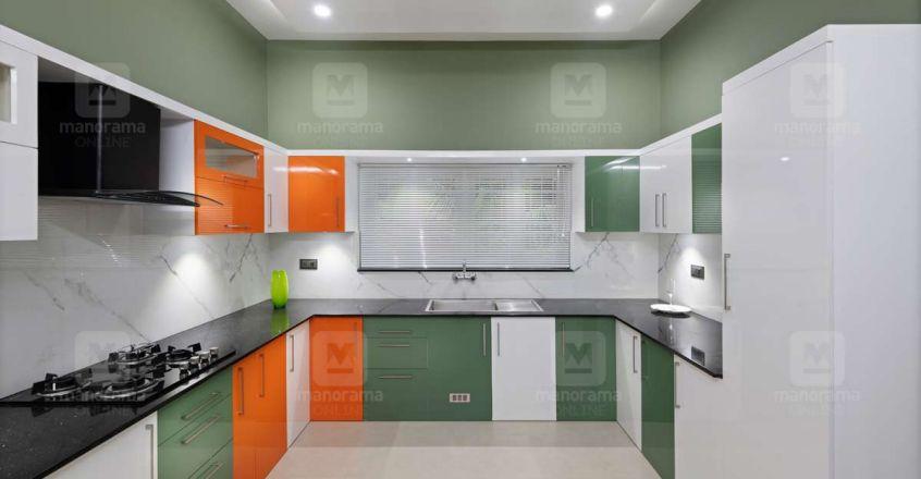 cute-house-thiruvalla-kitchen