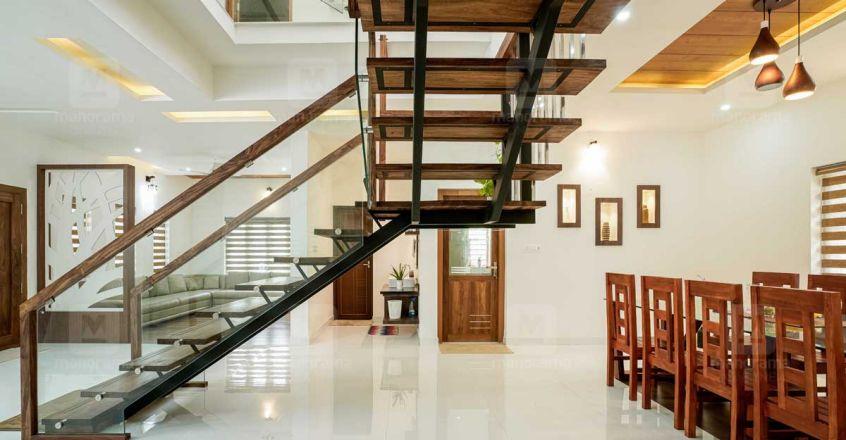 tirur-house-stair