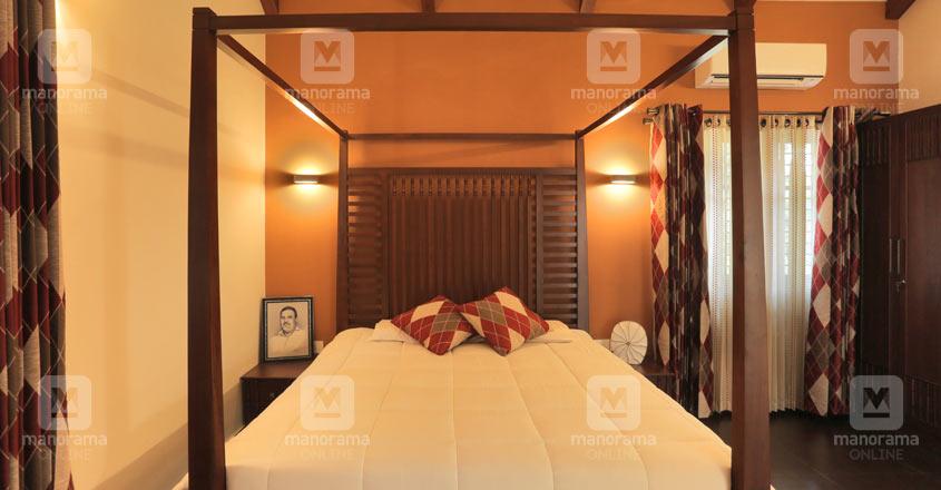 eco-house-calicut-bed