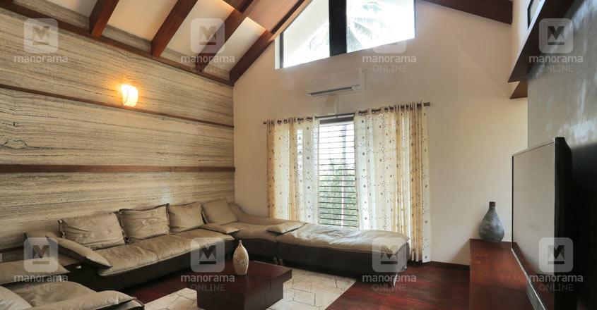 eco-house-calicut-living