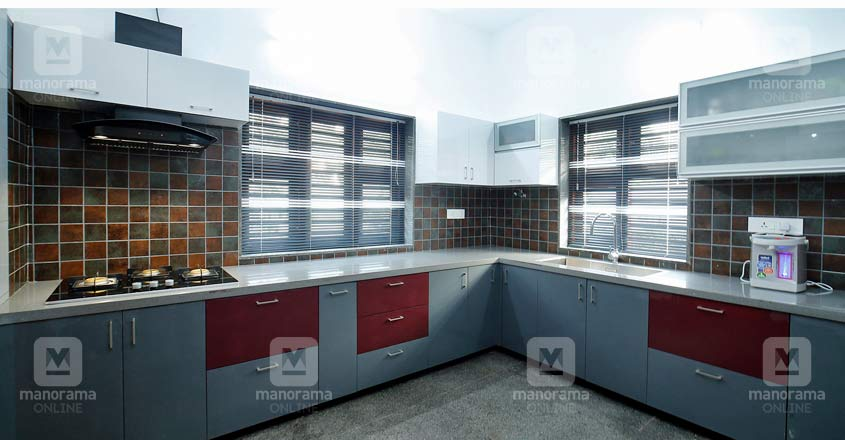 riverside-home-calicut-kitchen-new
