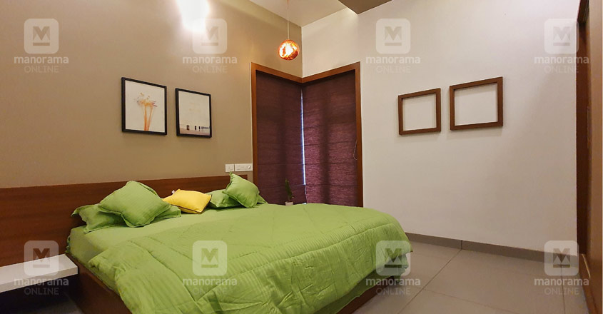 small-house-malappuram-bed