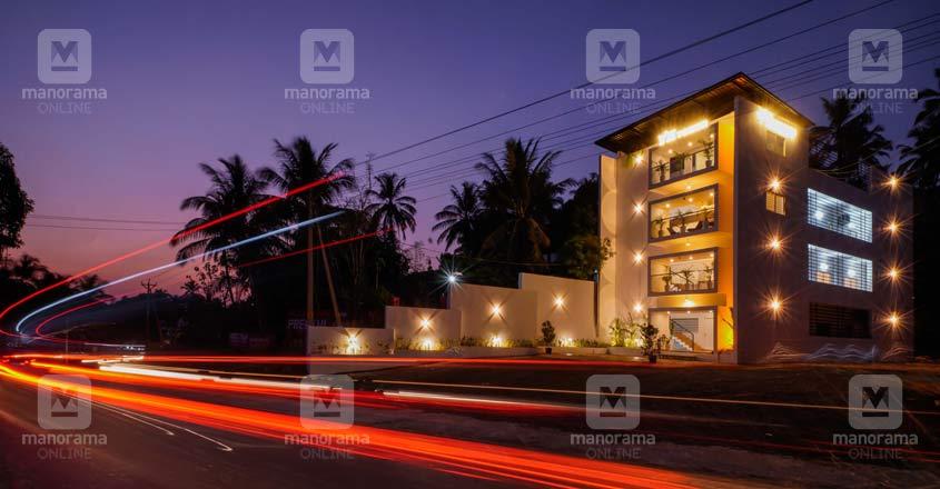 home-rent-office-manjeri-night