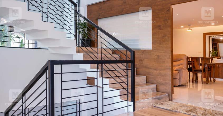 home-rent-office-manjeri-stair
