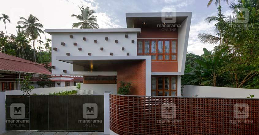 kolazhy-thrissur-home