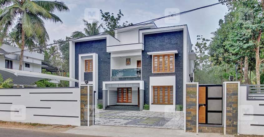 karthikapally-house-exterior