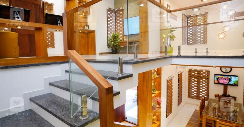 calicut-dreamhome-stair