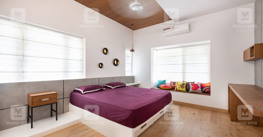 6-cent-house-calicut-bed