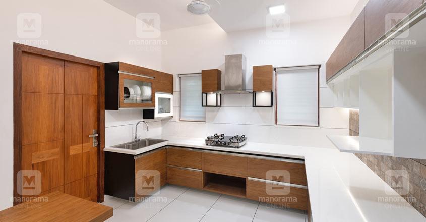 6-cent-house-calicut-kitchen