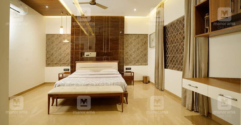 koduvally-luxury-home-bed