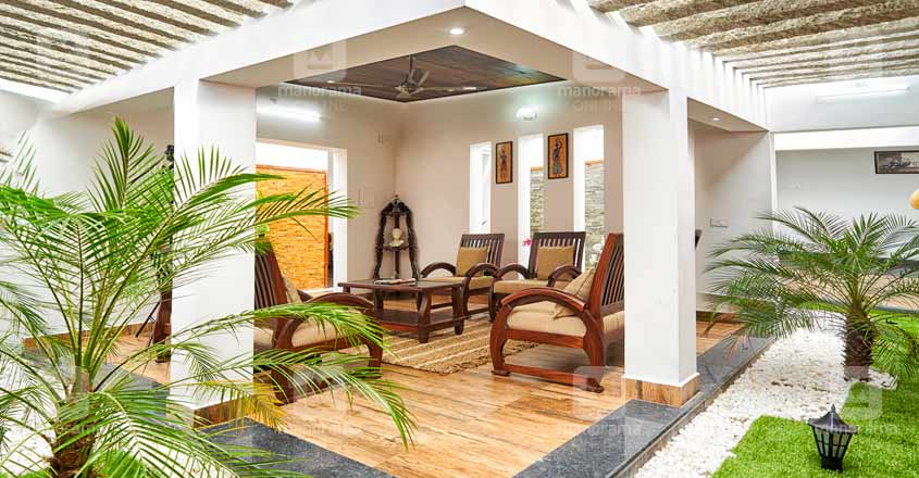 nri-house-paruthumpara-inside