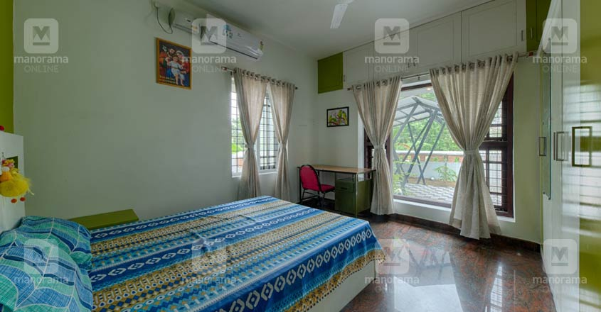 10-cent-home-kollam-bed