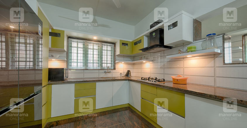 10-cent-home-kollam-kitchen