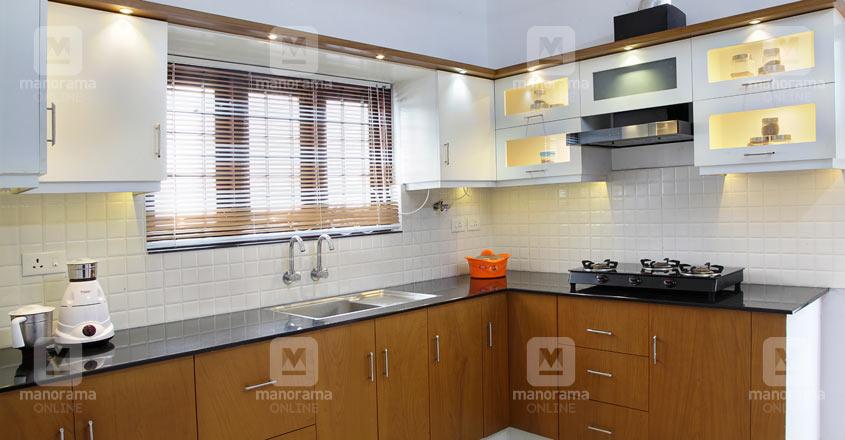 3-cent-house-tvm-kitchen