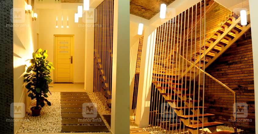 malayatur-house-stair