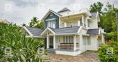 A dream-like colonial mansion in Manjeri