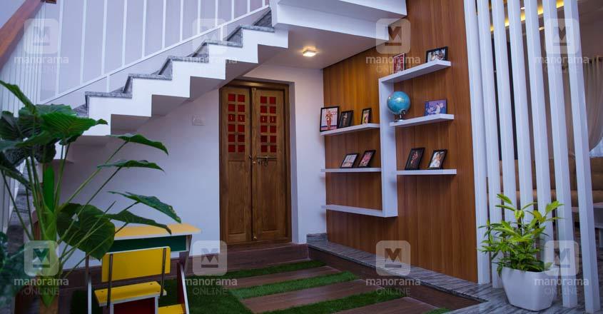 colonial-home-manjeri-stair
