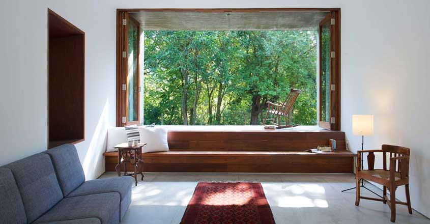 house-on-stream-living
