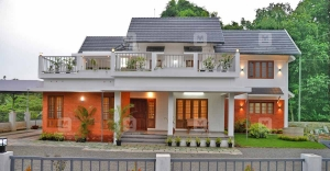 Stunning abode in Kottayam that is one with nature and brims with life