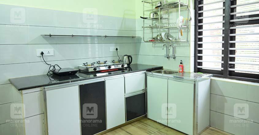 17-lakh-home-kitchen