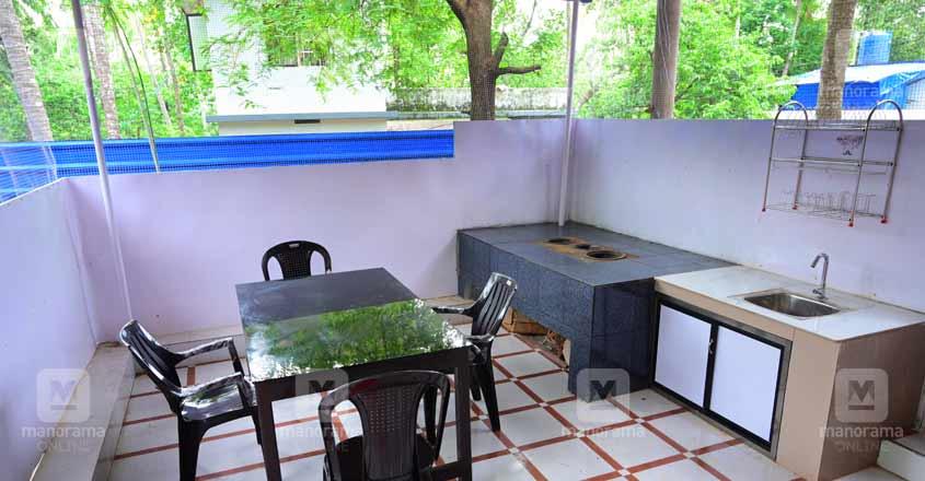 17-lakh-home-workarea