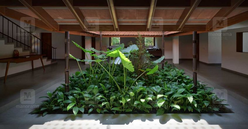 traditional-house-aloor-green