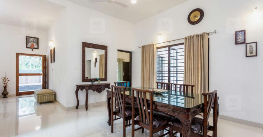 Single storey Maradu house with all facilities is an amazing retirement gift
