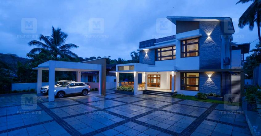 Areekode House night