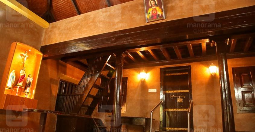 traditioanl-renovation-thrissur-interior