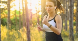 Worried about body odour while running? Here are tips to get rid of it