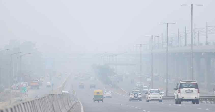 New Delhi: Smog engulfs the national capital as air quality worsens, on Nov 15, 2019. Delhi has earned the dubious distinction of becoming the most polluted major city in the world with an air quality index (AQI) of 527 on Friday, as per data by Air Visual on the World AQI rankings. (Photo: IANS)