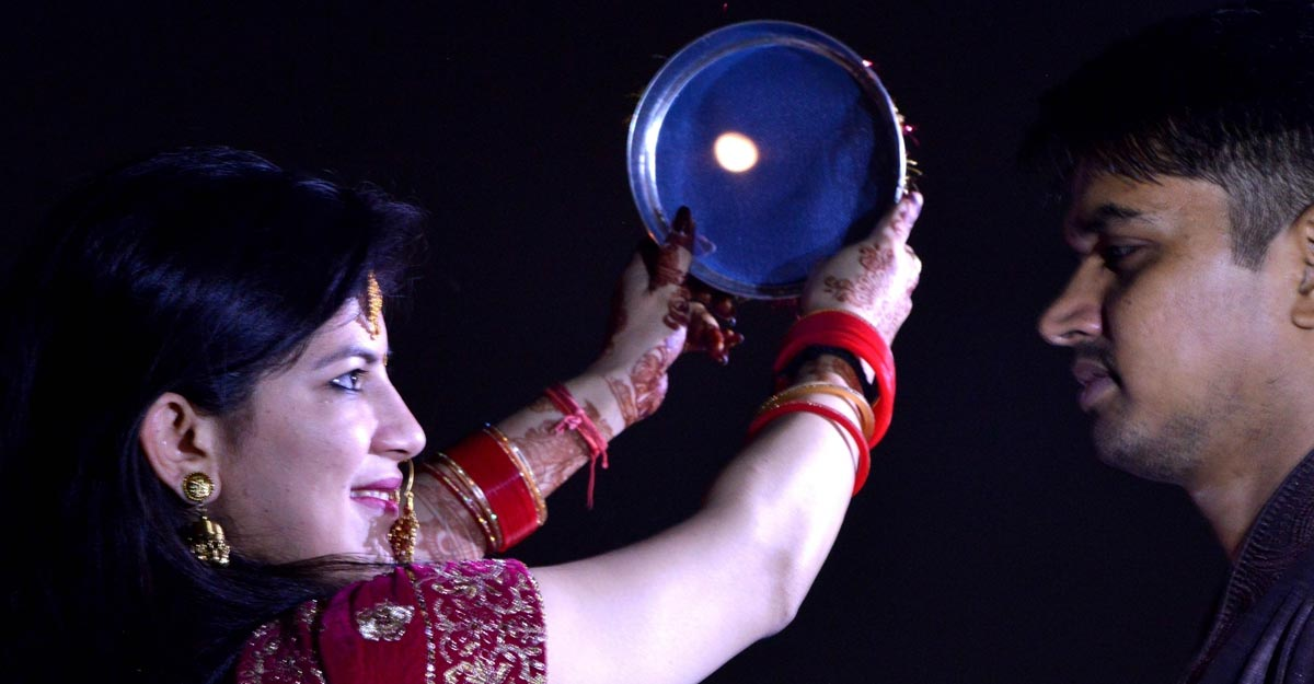 New Delhi:  Karva Chauth celebrations underway in New Delhi on Oct 17, 2019. (Photo: IANS)