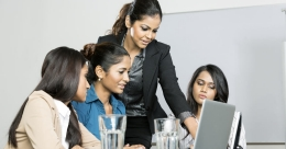 Women workers lead in strong comeback of office trends in India